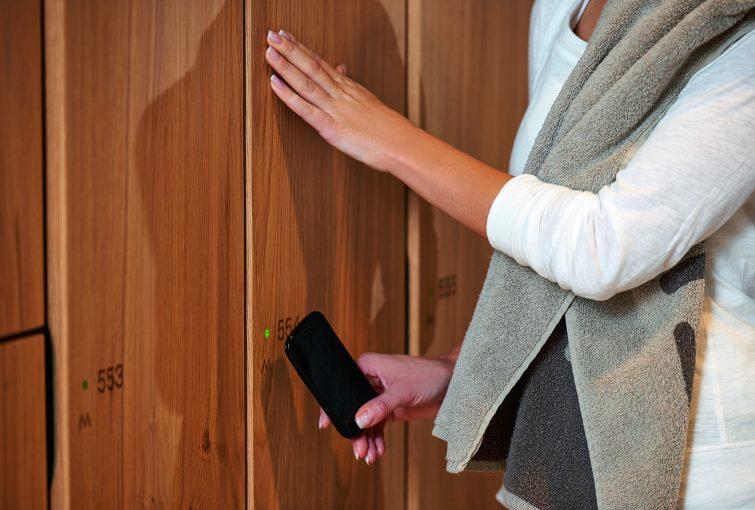 GANTNER's invisible locks do not detract from the locker design