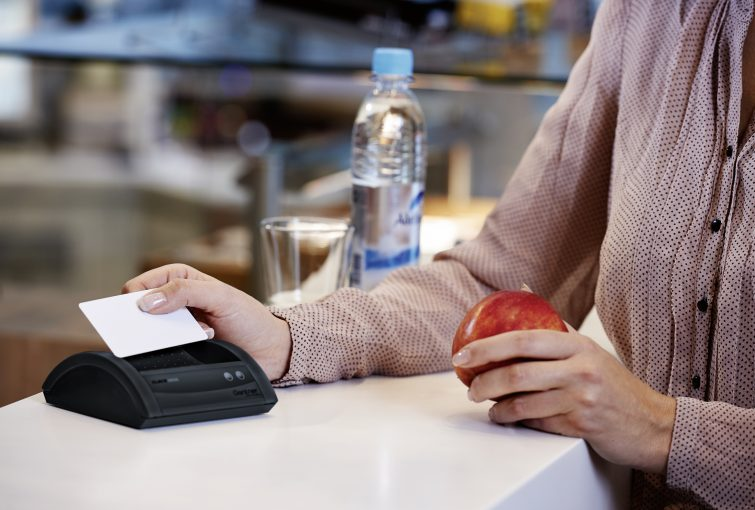 Cashless payments cut down on queues