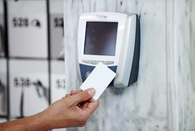 Electronic chipcards RFID GAT Chipcard 200/210 — Gantner