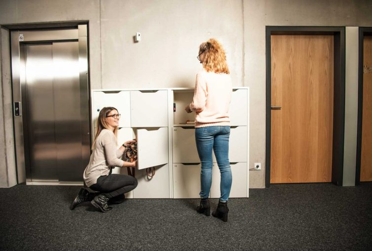 Keyless lockers for universities